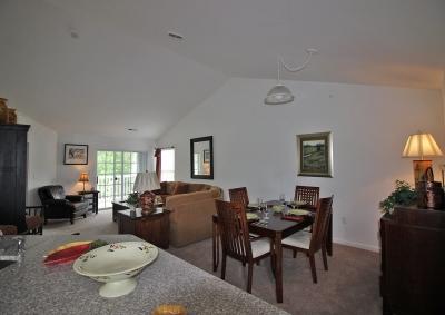 Hudson Preserve Apartments - Kitchen Dining Living