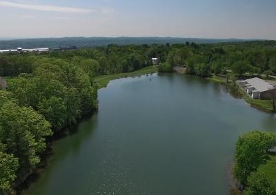 Hudson Preserve Apartments - Lake