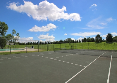 Lake Shore Park Apartments - Tennis Court