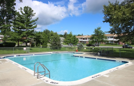 Valley View Apartments - Pool