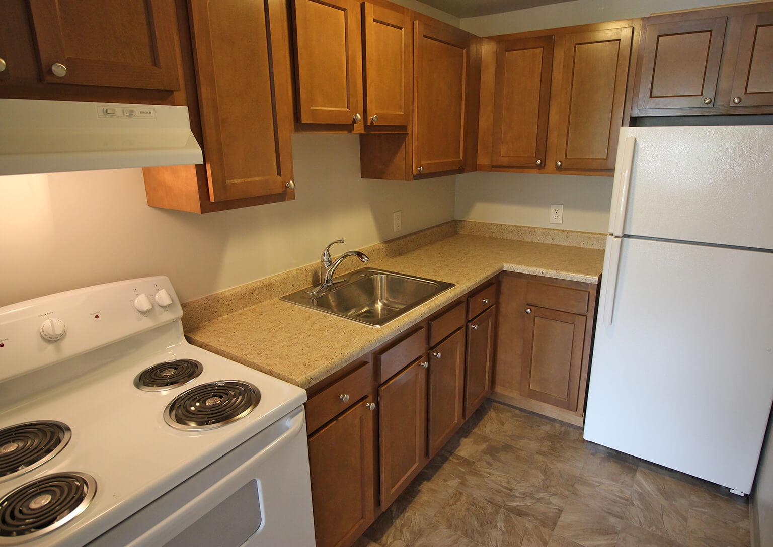 Valley View Apartments - Kitchen
