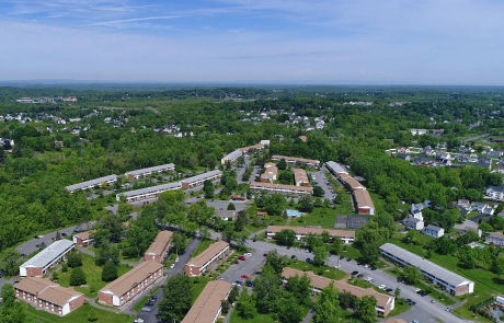 Valley View Apartments - Aerial