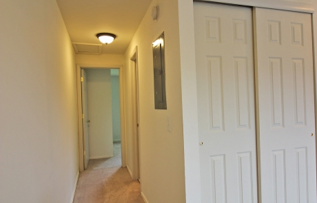 Valley View Apartments - Hallway